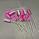 ELNA SILMIC II 10uF/16v Electrolytic Capacitors