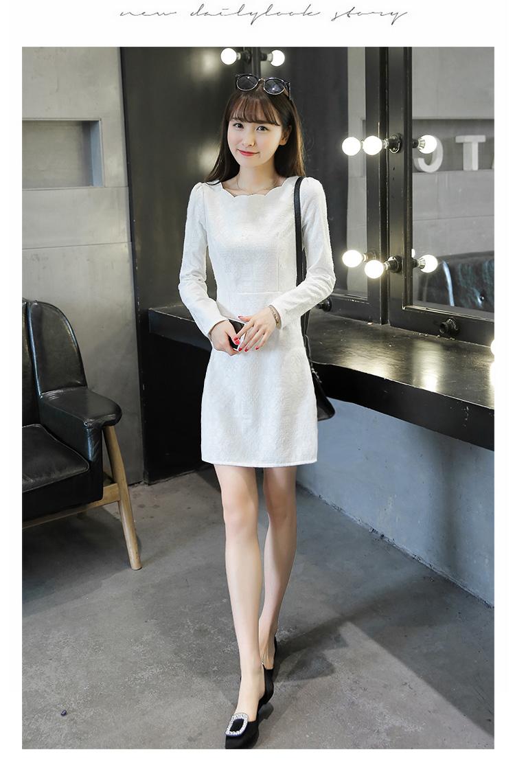 เดรสสีขาว ตัวนี้ผ้าดีมากก เนื้่อสวย งานหนา ซิปหลัง เข้ารูปให้ดูมีสัดส่วน ช่วงสะโพกไม่คับ สุภาพสวยงามค่ะ