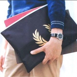 กระเป๋าใส่เอกสาร Fred Perry Document Pouch x Men's Non-No Magazine